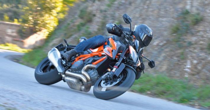 Saponette Moto: Quale Materiale e Modello Scegliere - Blog Assaperlo