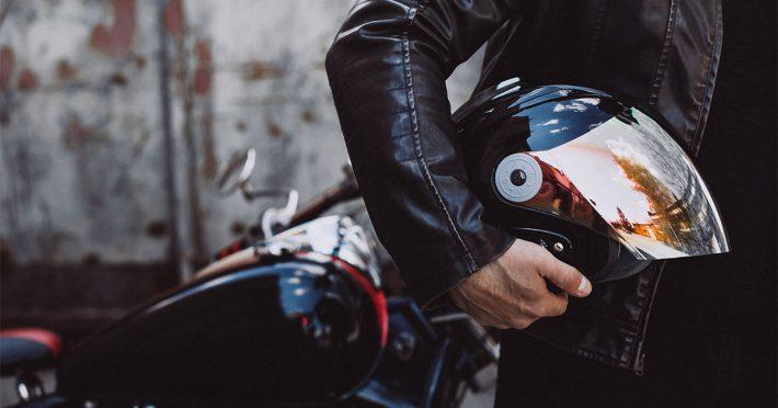 Andare in Moto con Passeggero: Consigli per la Sicurezza - Blog Assaperlo